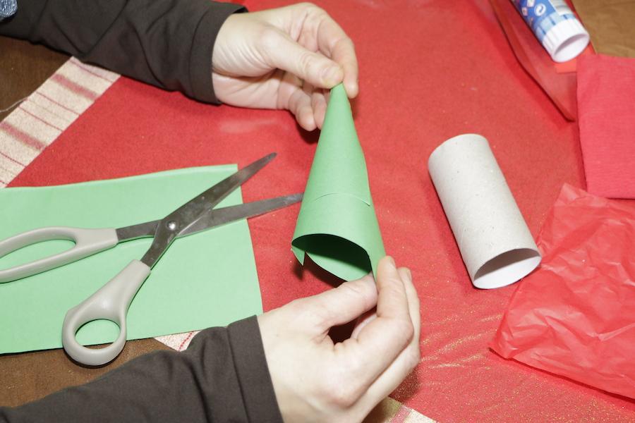 Rotoli Di Carta Igienica Lavoretti Natale : Mammachebrava un babbo natale con rotolo di carta mammachebrava