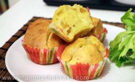 Muffin salati con zucca e scamorza