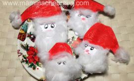Babbo Natale con l'impronta delle manine dei bambini